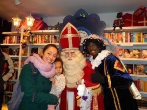 Felice della mia foto con Sint!!